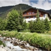 Gruppenhaus Alpina Segnas